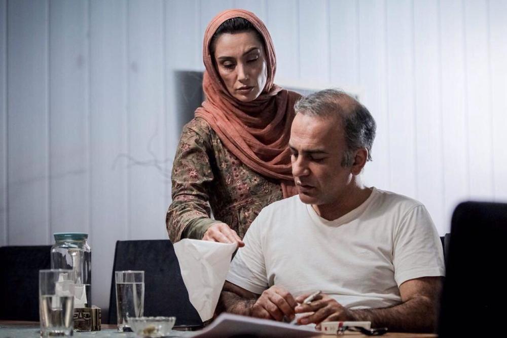 نمای اول فیلم Aaaadat Nemikonim با حضور هدیه تهرانی و حمیدرضا آذرنگ