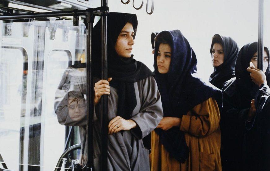 نمای اول فیلم با حضور فریبا کوثری