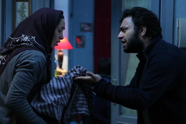 نمای دوم فیلم Acrid با حضور صابر ابر و پانته آ پناهی ها