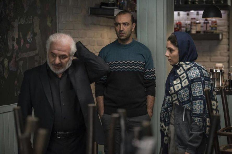 نمای سوم آذر ساخته نیکی کریمی