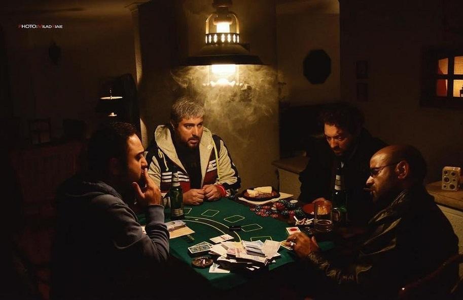 نمای اول فیلم با حضور بهرام رادان، سعدی چنگیزیان، محسن کیایی و بابک بهشاد