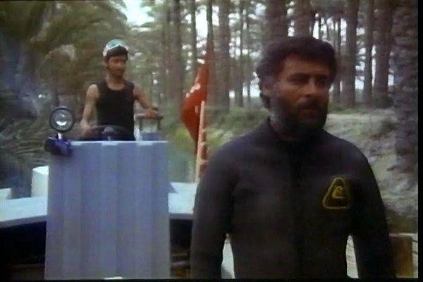نمای دوم فیلم Ofogh 1989