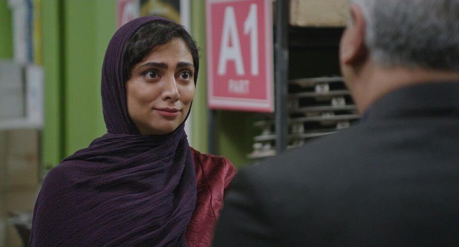 نمای سوم سریال The Monster قسمت 5 با حضور مهران مدیری